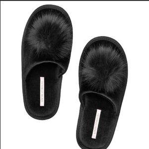 New Victoria's Secret Black pompom slippers